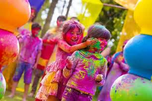 holi color festival bathe yourself in color at holi festival taken place in