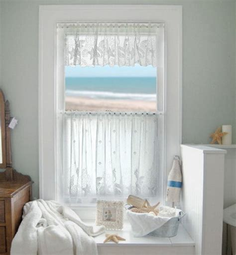 Bathroom Window Curtains by Bathroom Tips On Choosing The Right Bathroom Window