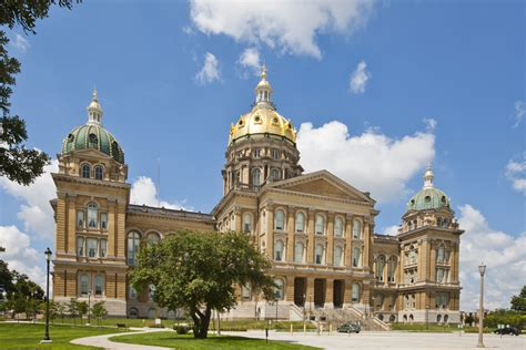 Of Iowa Mba Finance by Iowa Senate Passes Granting Crime Protections