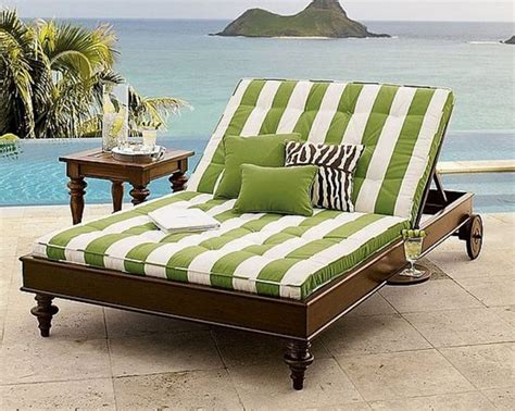 25 best ideas about pallet chaise lounges on outdoor chaise lounge chairs outdoor chaise lounge outdoors best 25 chaise lounge outdoor ideas on pallet chaise serbyl decor
