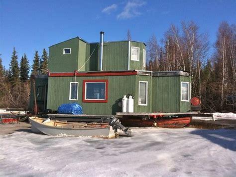 yellowknife nt canada houseboat in winter houseboats - Houseboats Nt