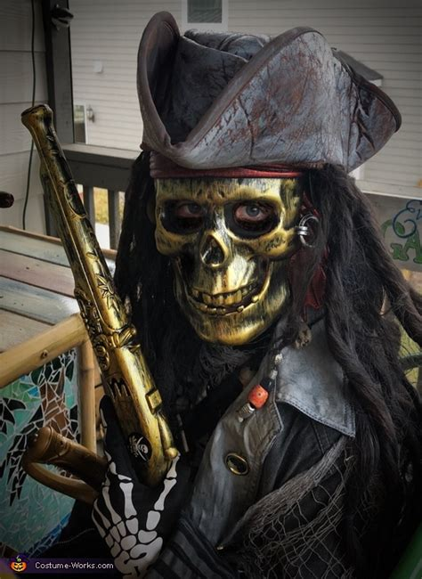 scary ghost pirate costume photo