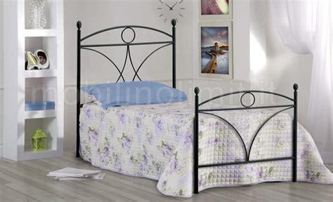 testiera e pediera letto singolo letto singolo in ferro battuto con testiera e pediera nero