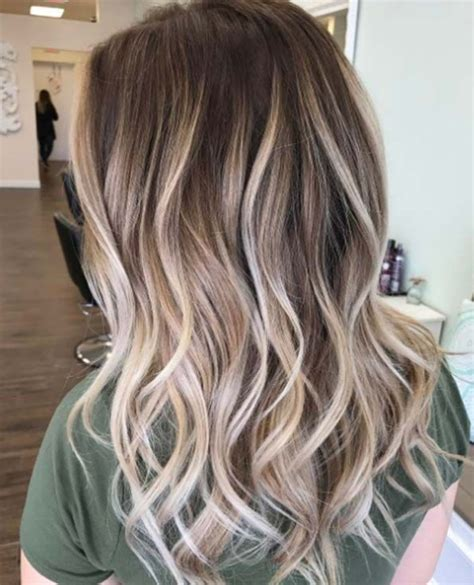 adding a bit of wavy hair 60 great brown hair with blonde highlights ideas