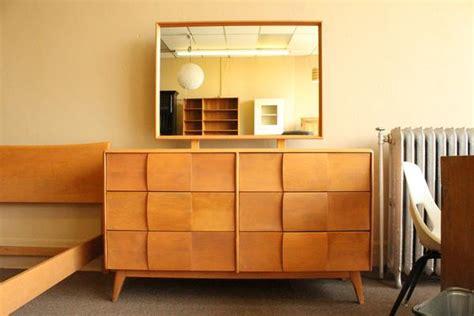 heywood wakefield bedroom suite at 1stdibs heywood wakefield twin kohinoor bedroom suite metro eclectic