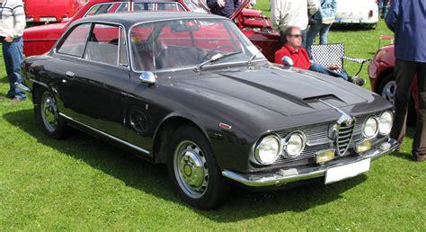 Alfa Romeo 2600 Sprint by File Alfa 2600 Sprint Jpg Wikimedia Commons