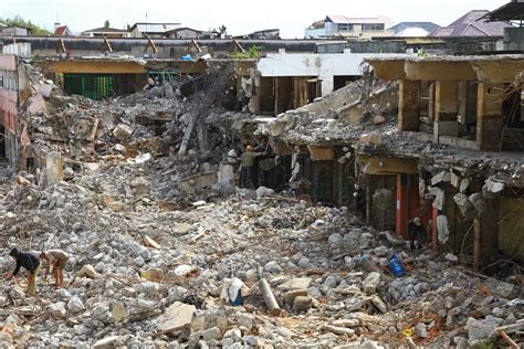 earthquake jakarta what to expect in padang west sumatra travel