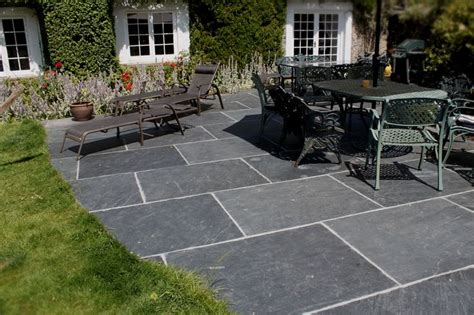 Slate Pavers For Patio 25 Best Ideas About Black Slate Floor On Slate Floor Kitchen Slate Kitchen And