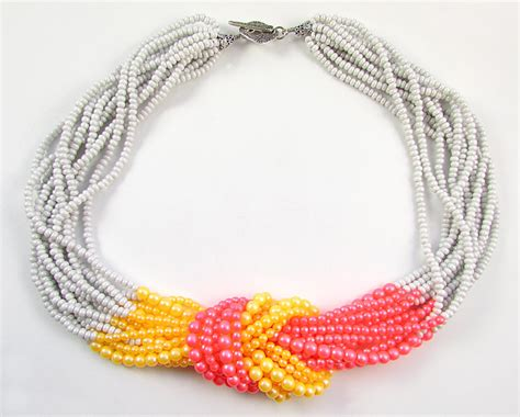 two ways to finish a multi strand seed bead necklace