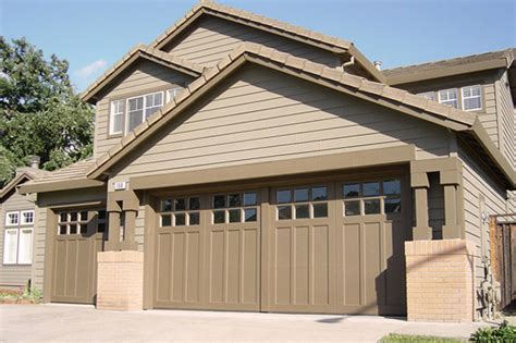 Carriage House Garage Door How To Make Your Garage Look Like A Carriage House
