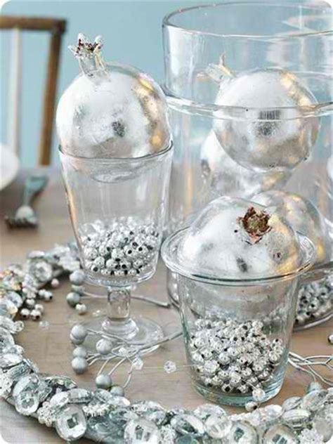 silver centerpieces for table 36 impressive christmas table centerpieces decoholic