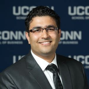 Https Mba Uconn Edu Academics Elective Tracks Digital Marketing Strategy by Udit Varma Uconn Mba Program
