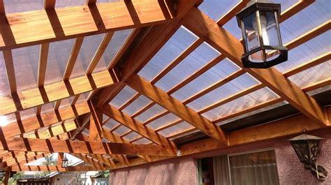 casas con cobertizos de madera las 25 mejores ideas sobre techo policarbonato en