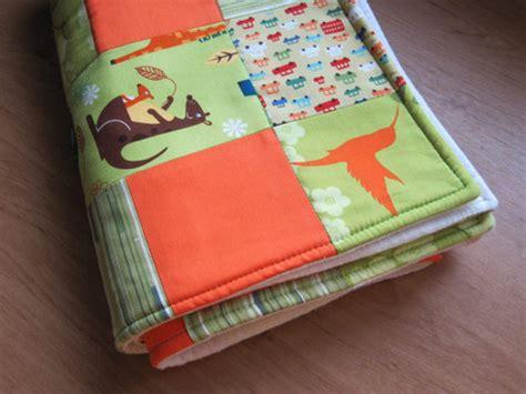 Monkey Patchwork Baby Quilt Sewing Projects Burdastyle - baby boy blanket green orange patchwork quilt