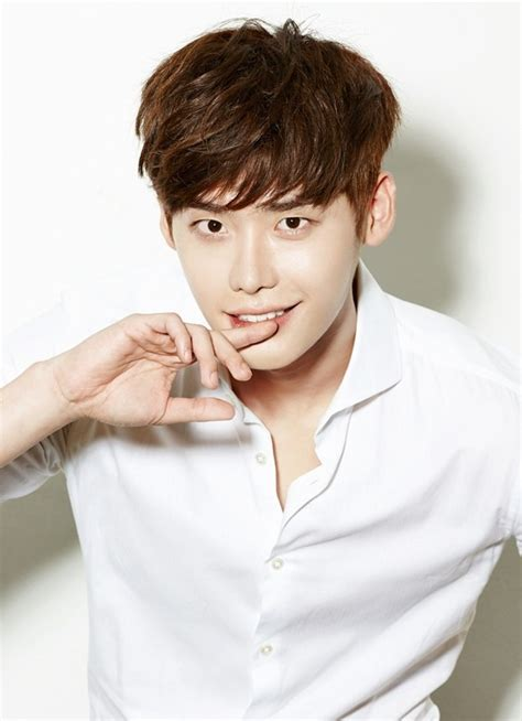 lee jong suk main film lee jong suk surprises fans by contributing to their