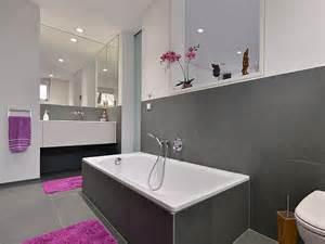 badezimmer mit wei und anthrazit naturstein im badezimmer stonenaturelle natursteinb 246 den
