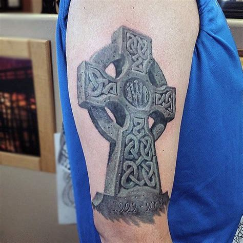 3d celtic cross tattoos cool celtic cross 3d arm design