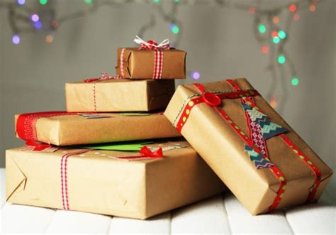 recycled gift wrap ideas a homemade living recycled paper a green living blog go green green