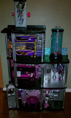 make monster high doll house 6722408833 d213697c32 z jpg