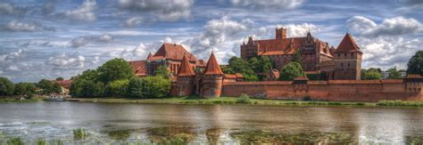 Malbork Castle   Castle in Poland   Thousand Wonders