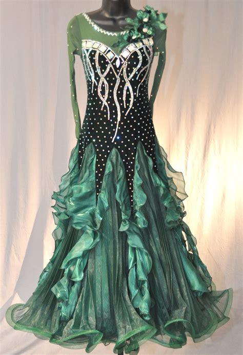 Color For Men by Elegant Dark Green Velvet Ballroom Dress