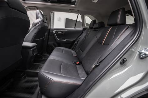 Toyota Rav4 Seats How Many by Will The 2019 Toyota Rav4 Get A Three Row Variant Motor