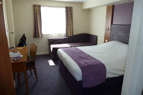 premier inn safe in room single room picture of premier inn coventry east m6 jct2 hotel coventry tripadvisor