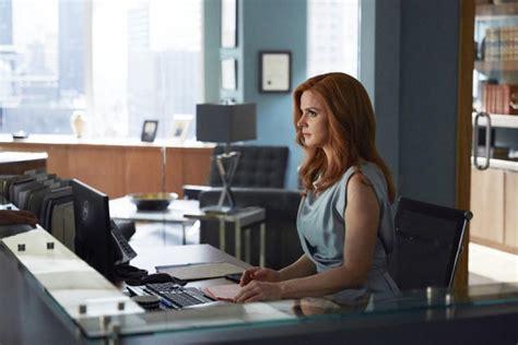 The Office Desk Episode Donna S Desk Suits Season 5 Episode 3 Tv Fanatic