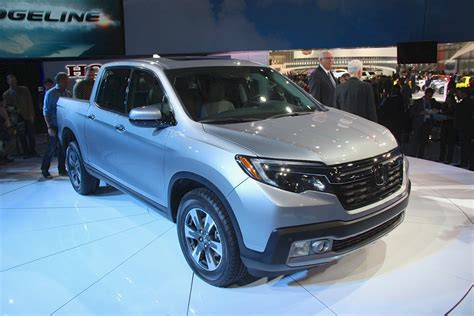 Honda Ridgeline Forum by 2017 Honda Ridgeline Makes A Comeback In Detroit Honda
