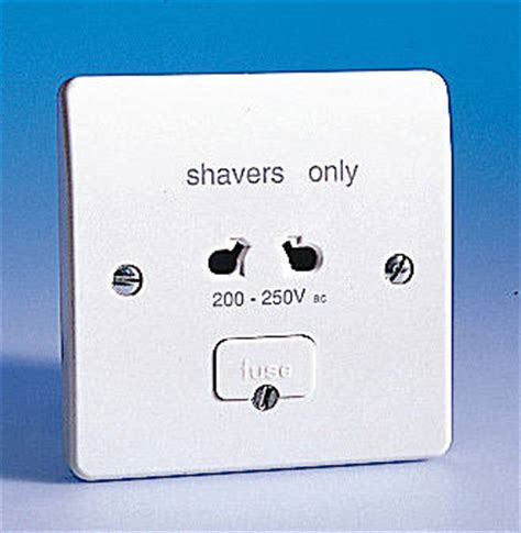 shaver socket single voltage 240v