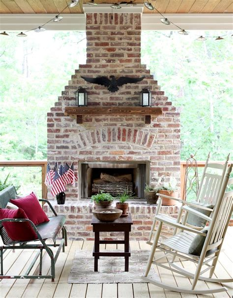 Outdoor Gas Fireplaces For Decks by 10 Best Ideas About Fireplace On Porch On