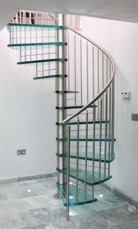Basketball Bedroom Ideas modern stairs 1 moderni