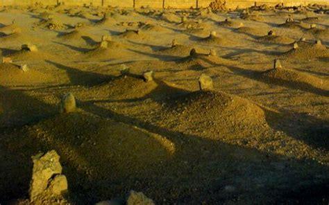 pembahasan alam kubur fitnah adzab  nikmat kubur