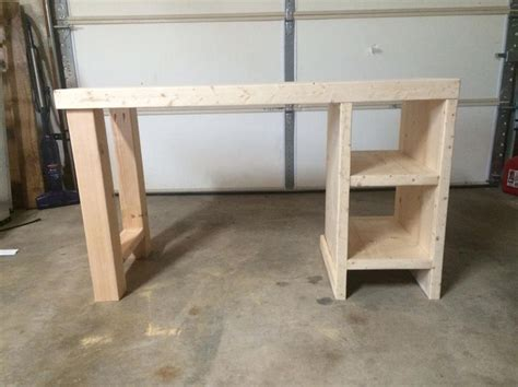 Diy Easy Desk 25 Best Ideas About Desk Plans On Woodworking Desk Plans Build A Desk And Rogue Build