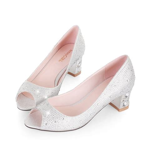 Low Wedding Shoes by Low Heel Wedding Shoes For A And Feminine Appearance