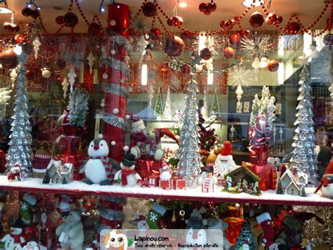 decoration magasin noel deco vitrine noel magasin