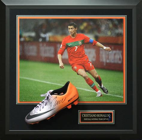 Real Madrid Signature 9 17 best images about autographed soccer memorabilia on