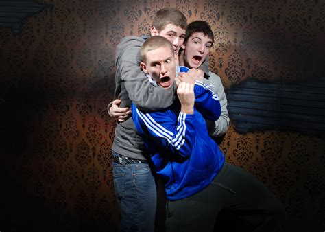 the fear factory haunted house niagara falls canada attraction nightmares fear factory