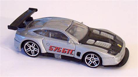 Hw 575 Gtc 2004 Hotwheels Miniatur Diecast supercars race cars