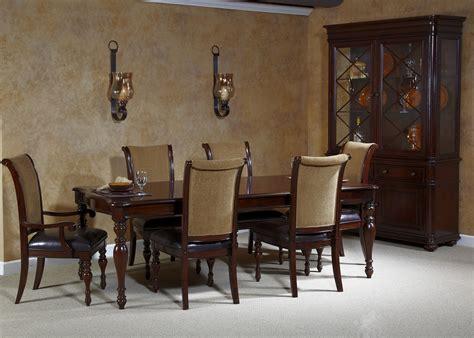 kingston plantation rectangular leg dining room set 720