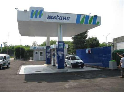 auto alimentate a metano di serie italia primato per i distributori di metano