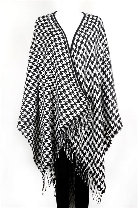 how to knit houndstooth knitted houndstooth poncho scarves