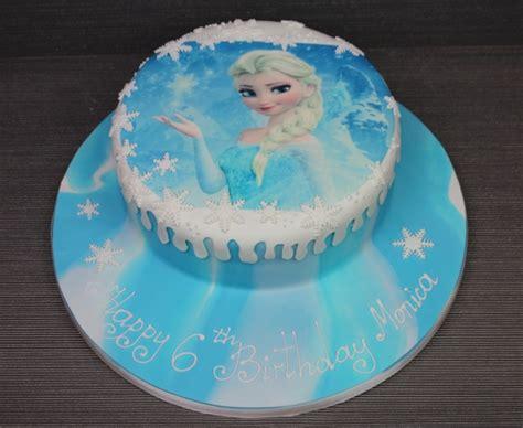 Tikar Lipat Elresas frozen birthday cake