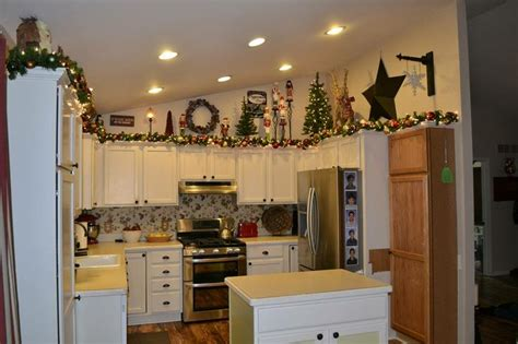 Garland Above Kitchen Cabinets by Pin By Beth Ramsey Rizer On