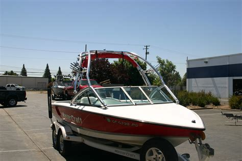 mastercraft boat flags mastercraft tower racks lightning wakeboard towers