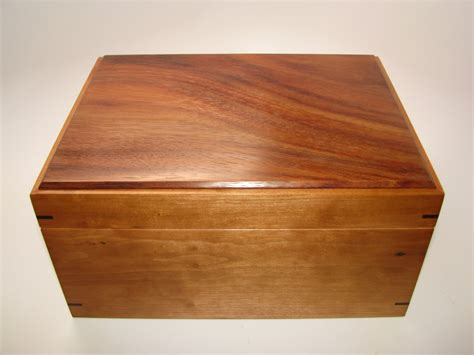 Handcrafted Wooden Box - keepsake box warmly toned katalox and cherry