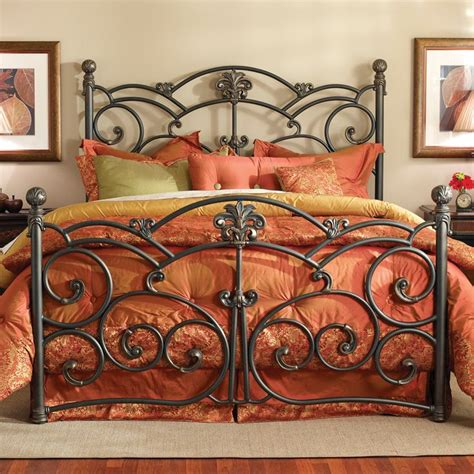 Wrought Iron King Headboard by Best 25 Iron Bed Frames Ideas On Metal Beds