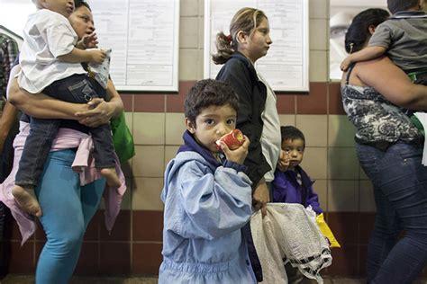 illegal kids pics obama budgets 1 3 billion for illegal minors
