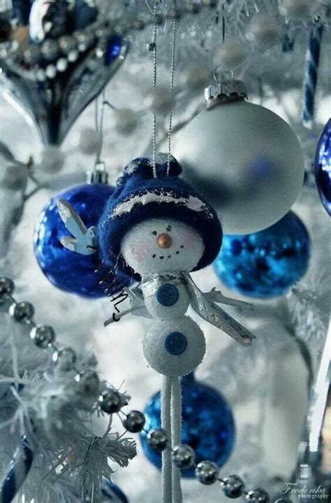 silver and blue decorations 35 silver and blue d 233 cor ideas for and new year