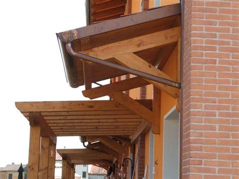 costruire tettoia in legno fai da te pensiline in legno fai da te mobili da giardino